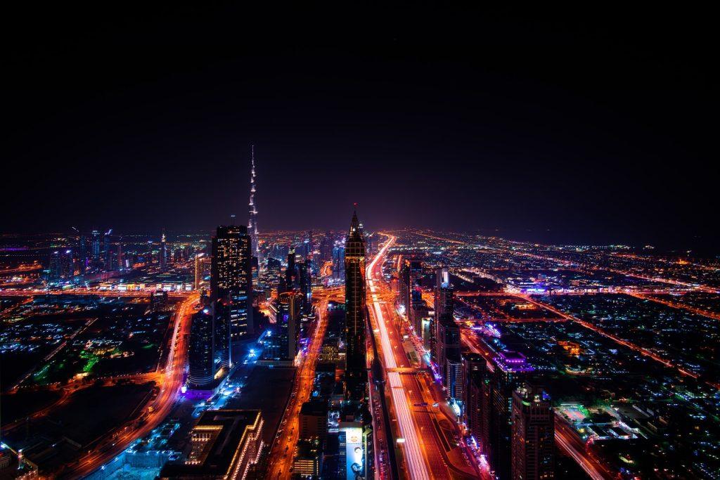 Dubaide Is Imkanlari Nelerdir 1024x683 - Dubai'ye İşçi Olarak Nasıl Gidilir? İş İmkânları ve Yaşam Şartları Nasıl?
